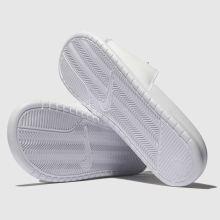 super popular 985d5 53df0 mens white & green nike benassi slide sandals | schuh