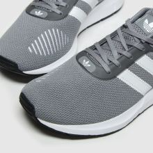 Herren adidas Grau Swift Run Rf Sneaker