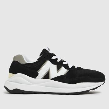 New balance Black & White 57/40 Mens Trainers