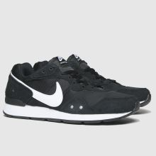 Nike Venture Runner 1