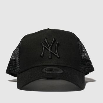 ac1fa0735266a New Era Black Trucker New York Yankees Adults Hats