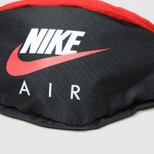 Nike Air Heritage Waist 1