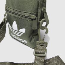 Adidas Trefoil Festival 1