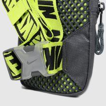 Nike Sportswear Essentials 1