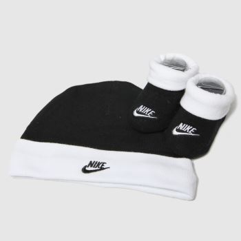 Nike Black & White Futura Hat And Booties 1pk Socks