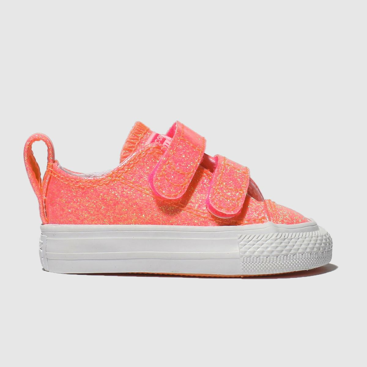 fb5c88a9c846 Girls pink converse chuck taylor all star 2v lo trainers